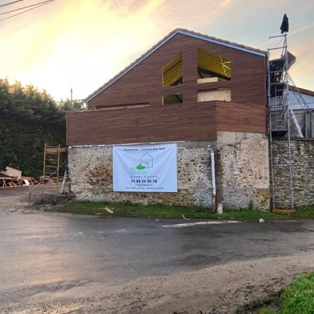 Surélévation en ossature bois par l'entreprise ML OSSATURE située à Quincy-Voisins (Île-de-France)