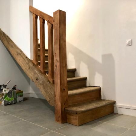 Restauration d'un escalier en chêne par l'entreprise ML OSSATURE Quincy-Voisins 77860 Île-de-France